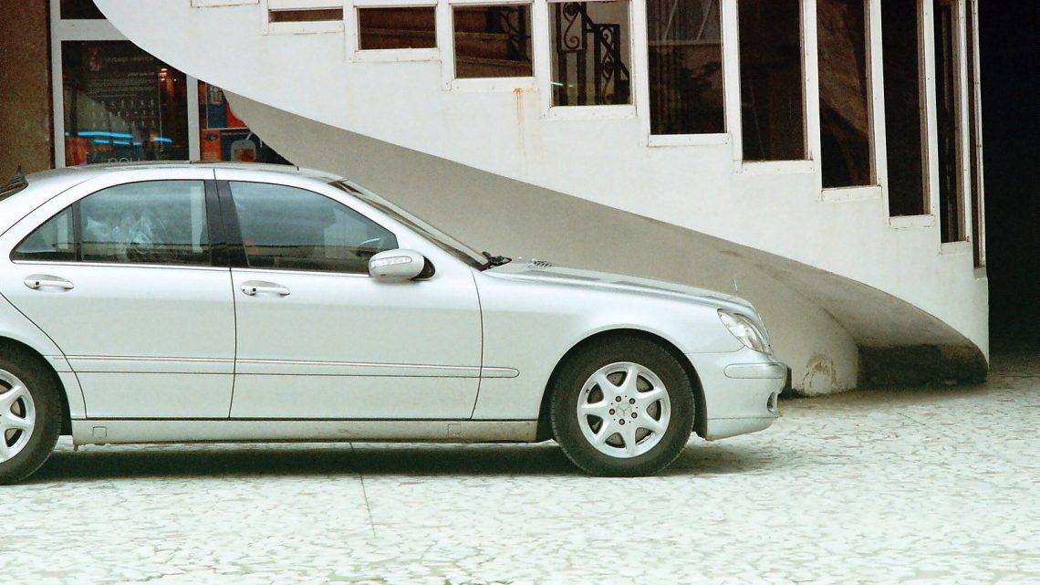 Autolla ajelu