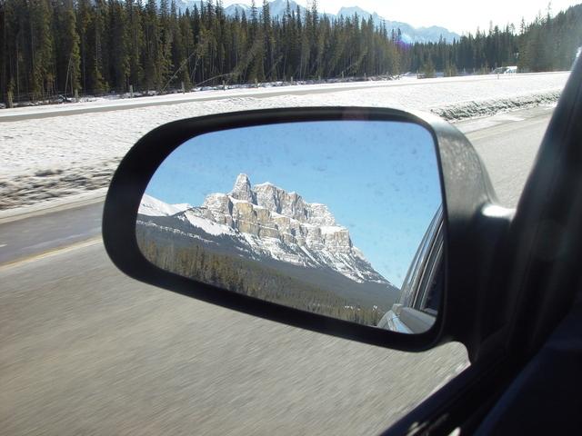 Onko mahdollista matkustaa maailman ympäri autolla?